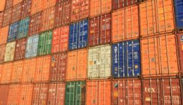 belgium-antwerp-shipping-container-163726 (640x377)