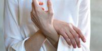 women s white long sleeved top 1083981